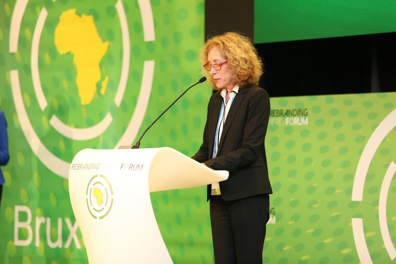 Nancy Wildfeir-Field, Présidente, GBChealth / President, GBChealth