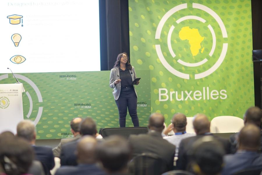 Kgatlhanye THATO- Presentation du projet REPURPOSE SCHOOLBAGS (Afrique du Sud)